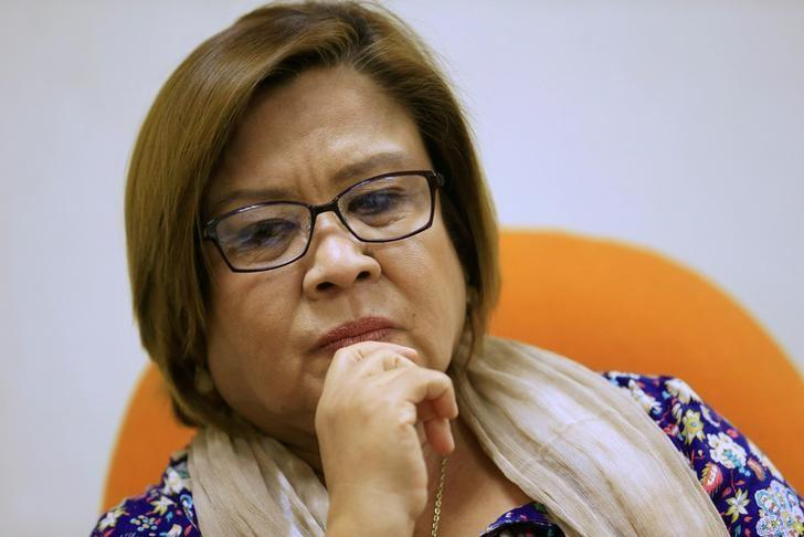 De Lima asks Senate to let her join sessions